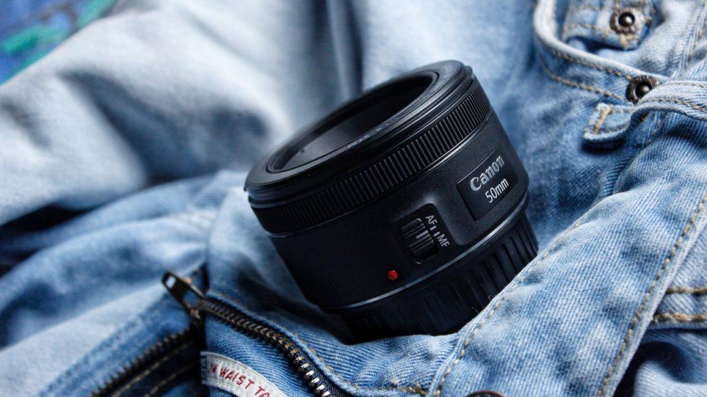 単焦点レンズとズームレンズどっちを選ぶ?
