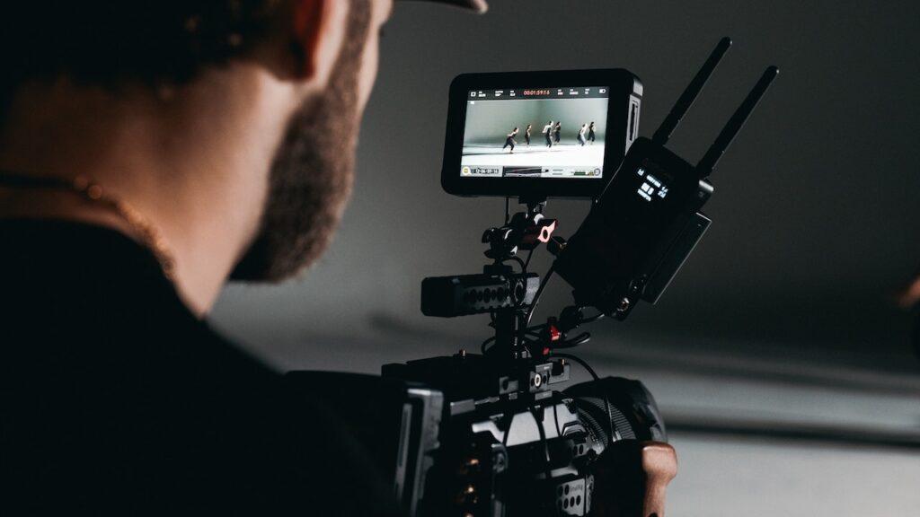絶対知っておきたい10種類のカメラワーク