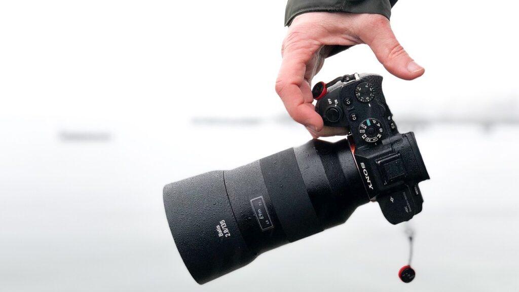 SONYとCanonの違いまとめ【カメラ業界の歴史から学ぶ】